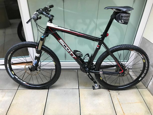 Vendo Bike Scott Scale 30 Carbono, de 2007, em excelente estado