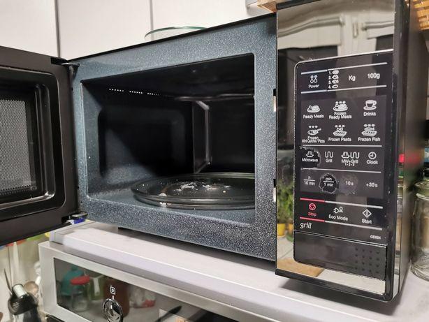 sprzedam kuchenkę mikrofalową samsung GE83X