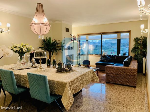 Apartamento T2 de Luxo como novo