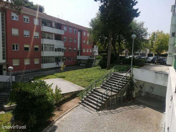 Apartamento T4 no Alto da Barra