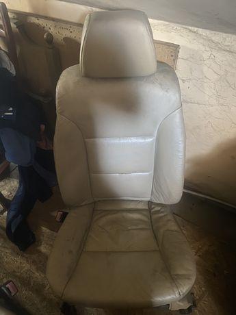 Сиденья передние от BMW e60