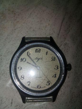 """Наручные часы """"Луч"""""""