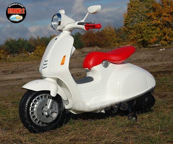Stylowy skuter na akumulator dla dzieci biały Promocja!!