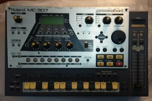 Roland groovebox mc-307