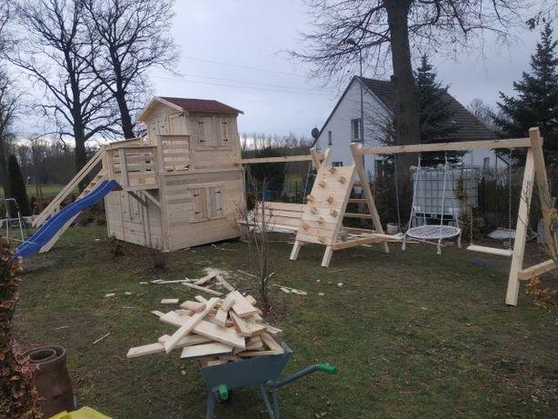 plac zabaw , huśtawka, domek dla dzieci
