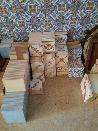 Azulejos - Materiais de construção