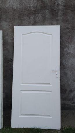 Drzwi wewnętrzne 90, białe pełne Porta, 2 sztuki