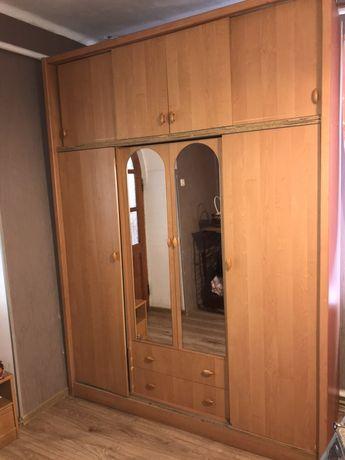 Торг! Большой шкаф в спальню гостиную вместительный прихожую