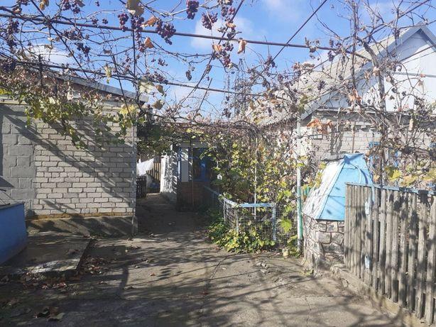 Продам дом в п.г.т Камышеваха