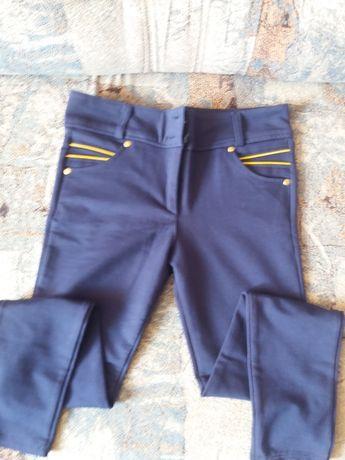 Стречевые штанишки