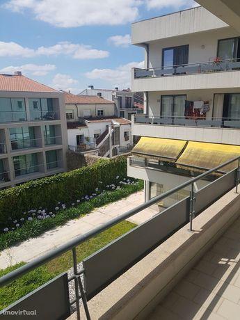 Apartamento T2 - Centro Histórico com elevador e garagem