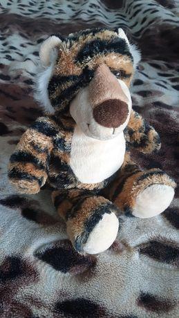 М'які іграшки: тигр і порося