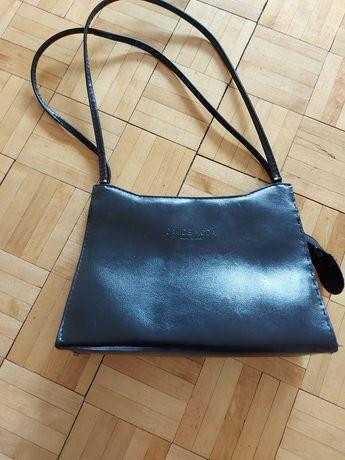 Czarna damska torebka