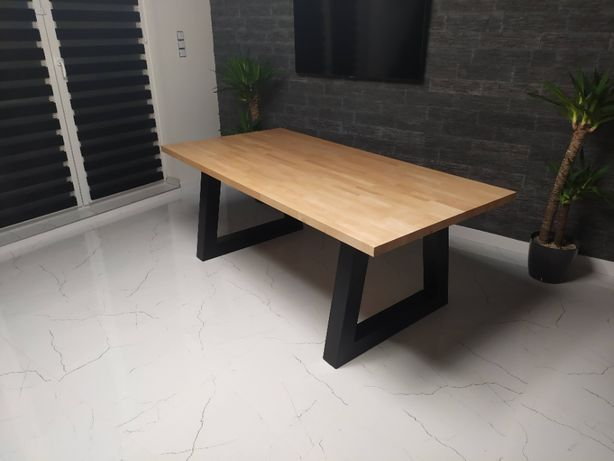 """Stół loftowy bukowy """"V"""""""