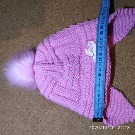 Продам зимнюю шапку для девочки