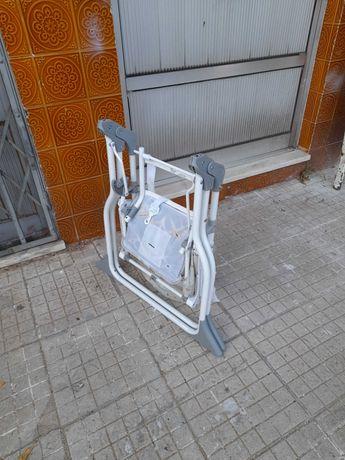 Cadeira de refeiçao para bebe de viagem