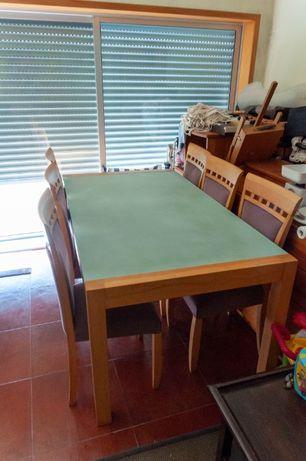 Mesa de jantar em faia e 6 cadeiras