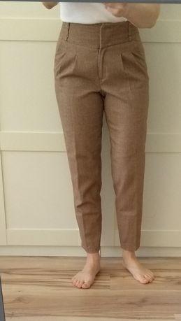 Spodnie z wysokim stanem rozmiar S