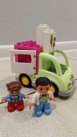 Samochód- lodziarnia z serii Lego Friends