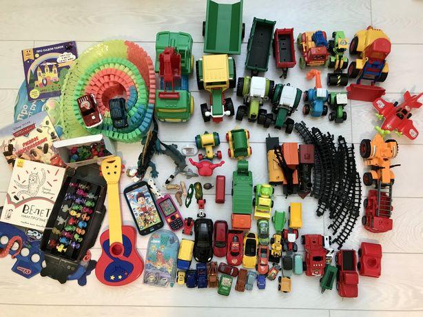 Набор игрушек для мальчика. Трактора, машинки, поезда