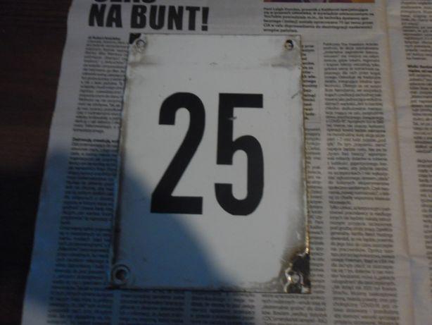 Tabliczka emaliowana - z numerem.