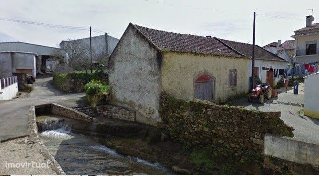 Adega/Armazém  Vila Verde dos Francos