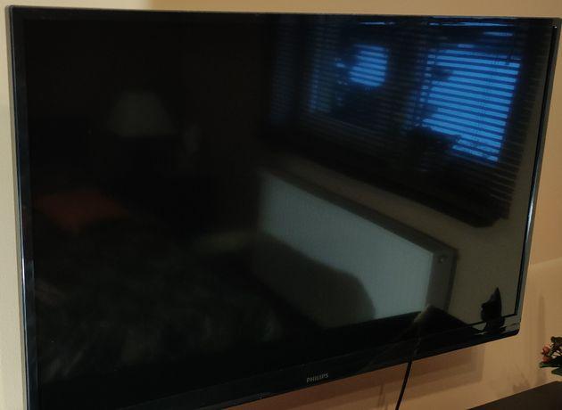 Sprzedam telewizor Philips 39PFL3807K/02