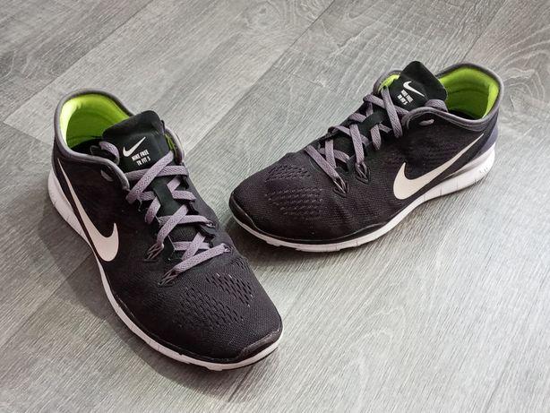 Кроссовки Nike Free TR FIT 5 (40)