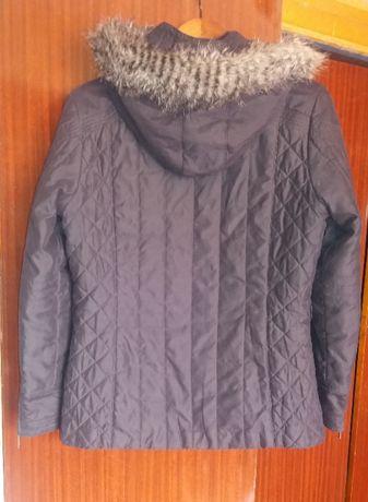 Куртка демисезонная М размер + шарф в подарок