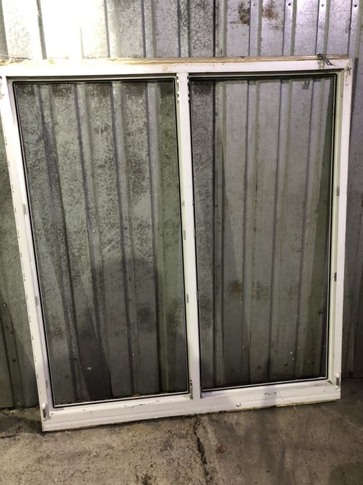 Окно металопластиковое , бу , размер 1,62 м на 1,80 м Киев - изображение 1