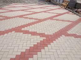 Благоустройство территории. Укладка тротуарной плитки.