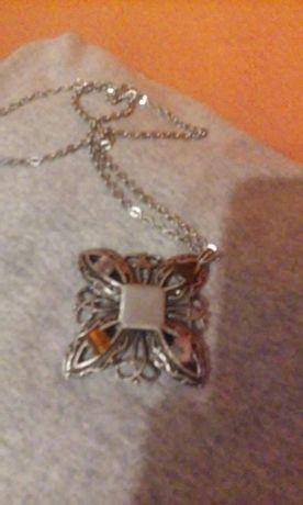 Wisior medalion z babcinej szkatulki nie srebro i