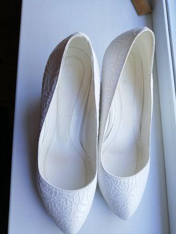 Свадебные туфли, белые туфли
