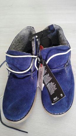 Botas azuis novas quentinhas