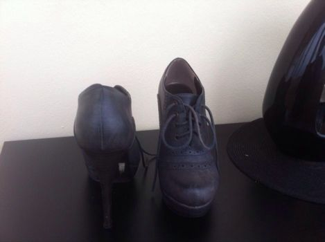 Sapatos n37