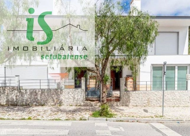 Moradia T4 Para Venda Em Albarraque (Sintra) Nova A Estrear