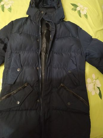 Продам куртку зимову