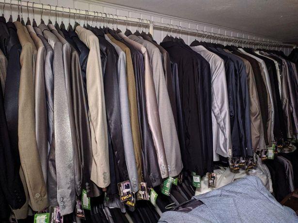 Мужские костюмы - классика по цене производителя. Полная распродажа!
