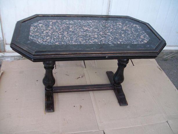 Гранитный стол, столик