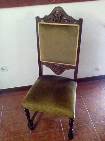 Cadeira Mogno Maciço Estofo Veludo