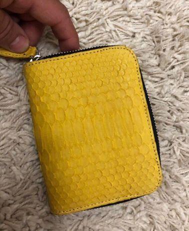 Продам женские кошелёчки с настоящей кожи питона, привезены с Бали