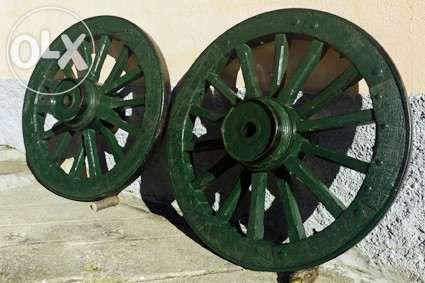 Vendo Rodas de Carro de Bois Restauradas