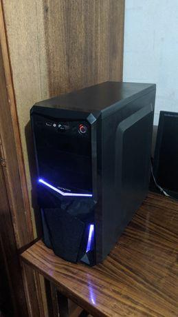 AMD A10-7800 4ядра, 3,5GHz, видеокарта Radeon R7 Graphics 4333Мб
