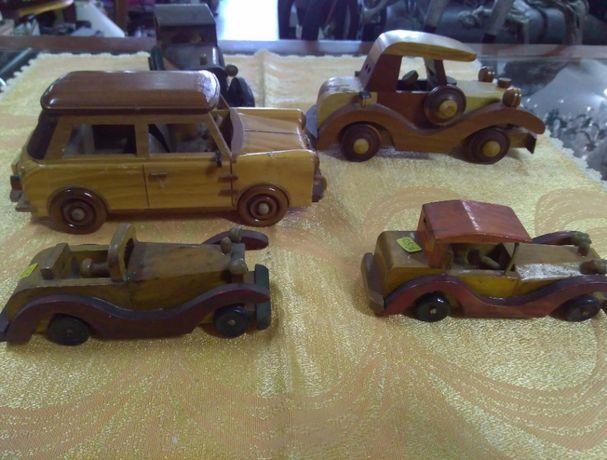 Brinquedos antigos em madeira ( Made in Portugal)