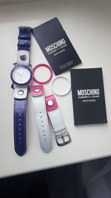 Часы Mochino 1500 грн