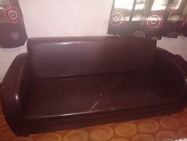 Sofa Salonowa koloru Czarnego