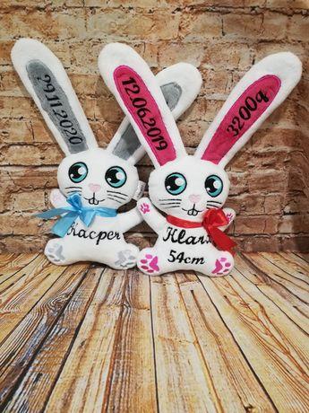 Maskotka króliczek metryczka haft szeleścik