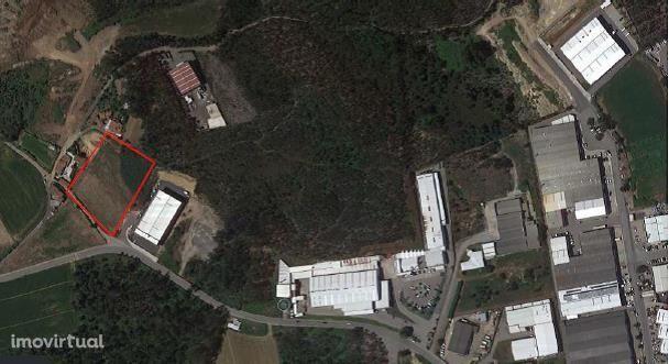 Terreno para construção de armazém/pavilhão | Fradelos - Vila Nov