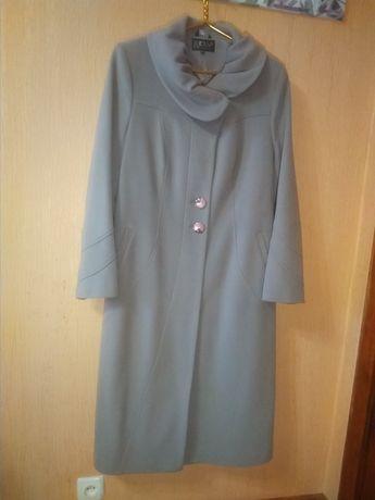 Пальто драповое новое. Цена 1500 грн.