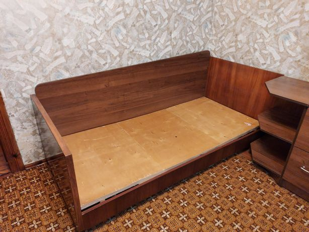 Ліжко, кровать, односпальне ліжко